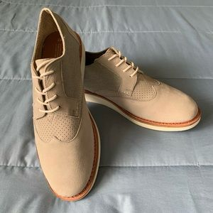 Toms Brogue Oxford Shoes Purchased New Worn 1X EUC